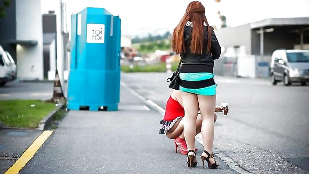 Проститутки на трассе смотреть