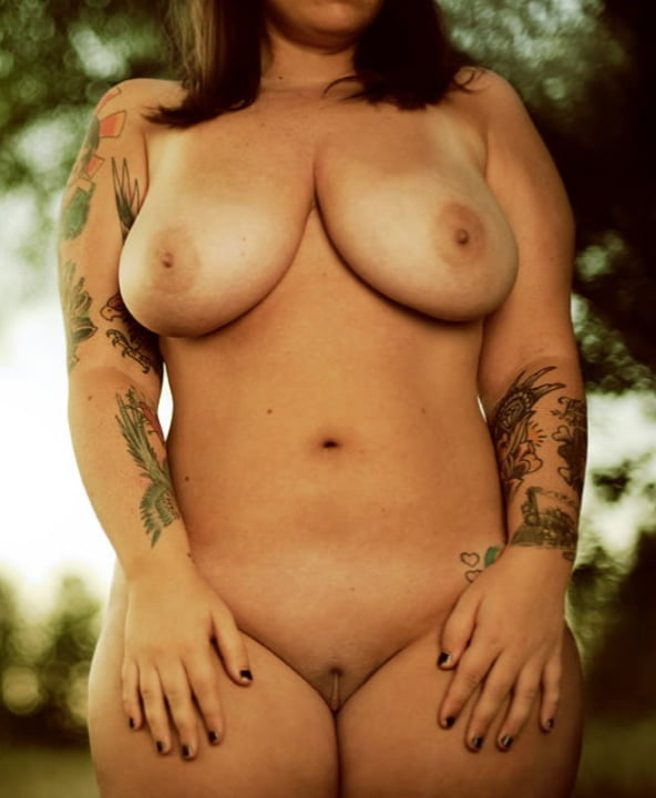 Thick white girl naked