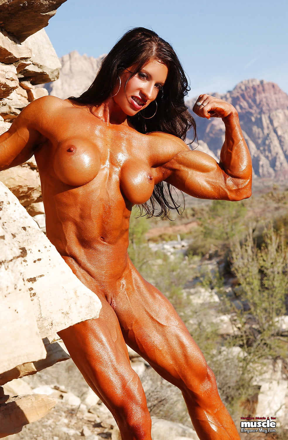 Nude muscle women tease — 12