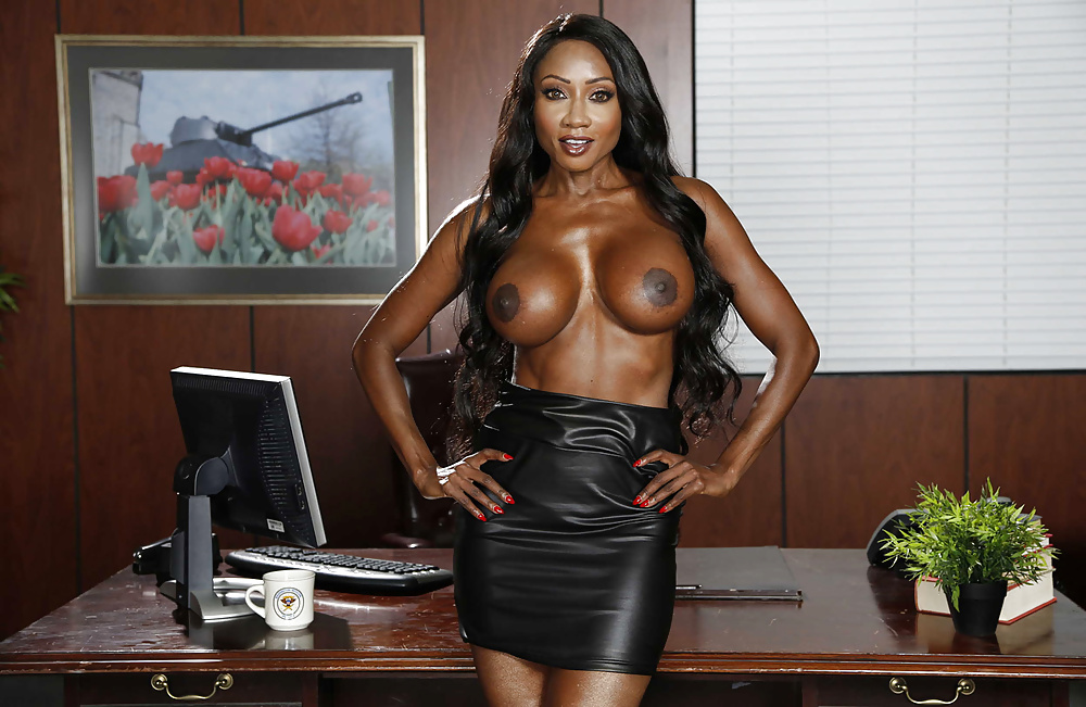 Diamond Jackson Gets Her Ass Banged In Black Fishnets