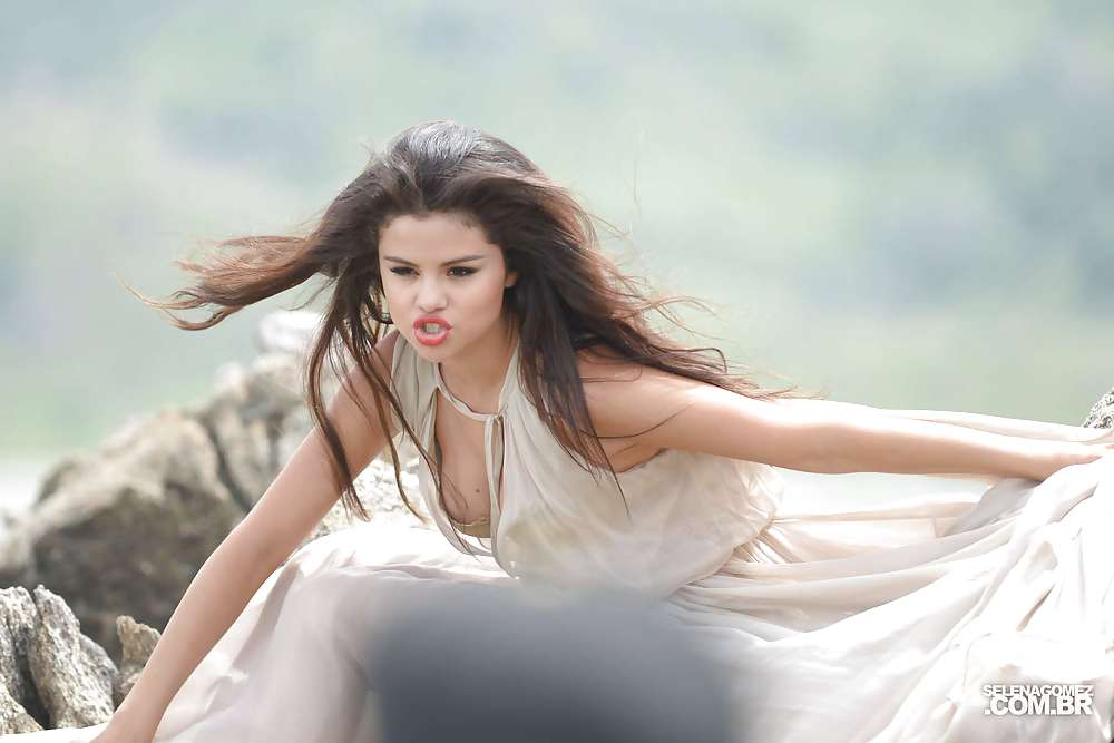 Selena gomez sex video xnxx-1072