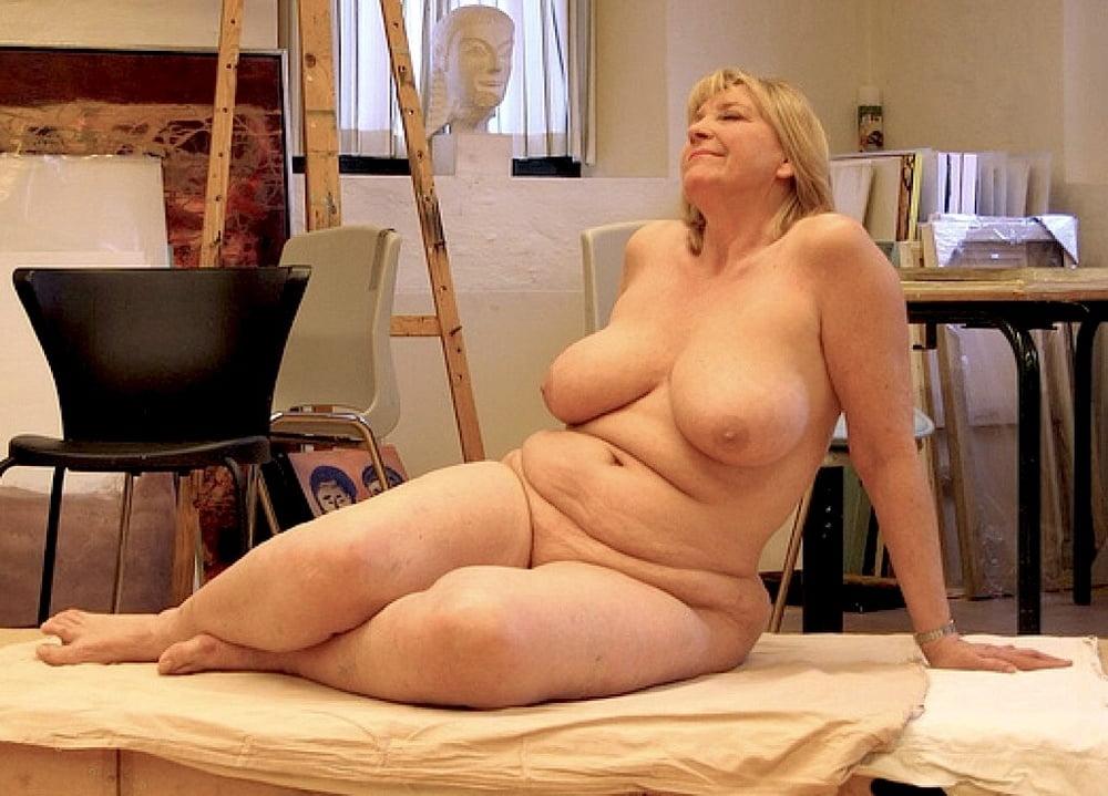 bikini-mature-models-photos