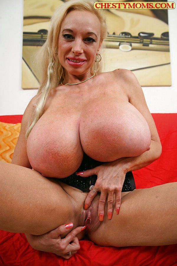 Two blondes with huge tits echo valley and pamela pax work on a friend's white cock