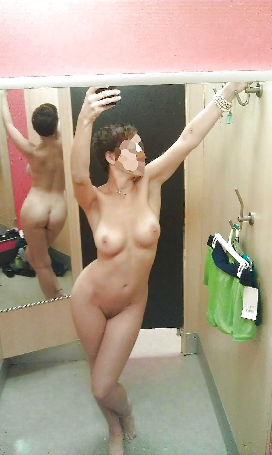 girls-change-rooms-pics-fake-porn-christina-hendricks