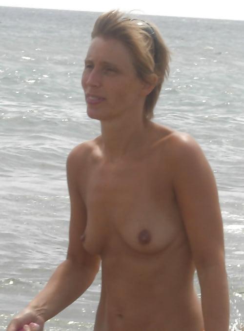 Small medium tits-3106