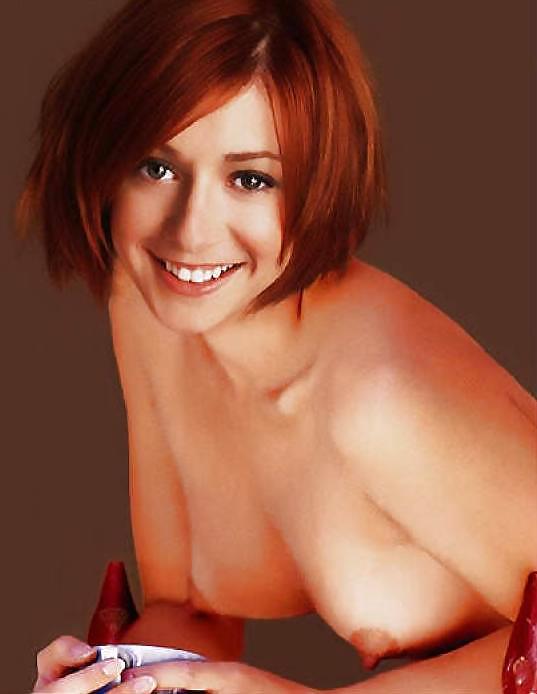 Sexy Nude Alyson Hannigan