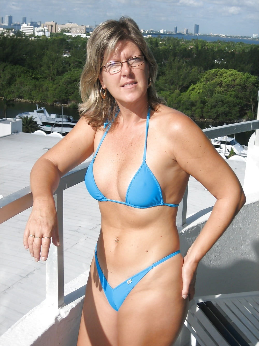Check my milf bikini, ladies walking topless in public