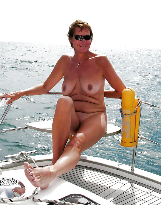 mature-beach-party-pics-amateur-young-anal-tits