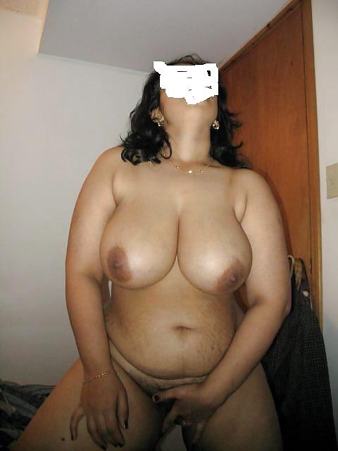 Legal nude plump aunty