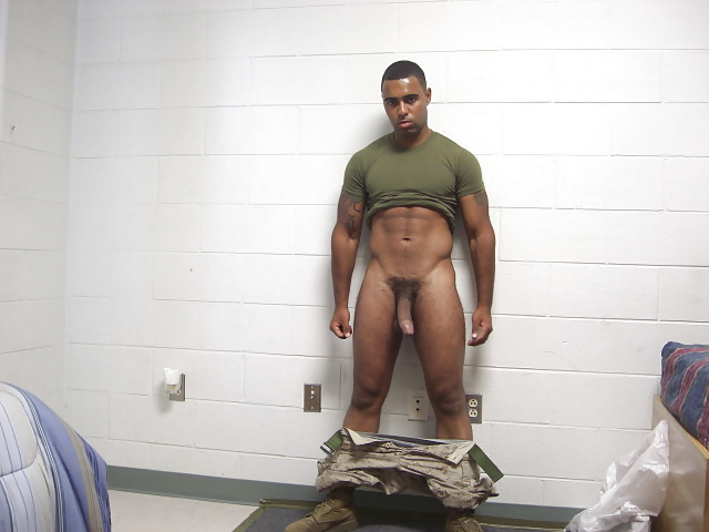 Naked military men having sex — photo 5