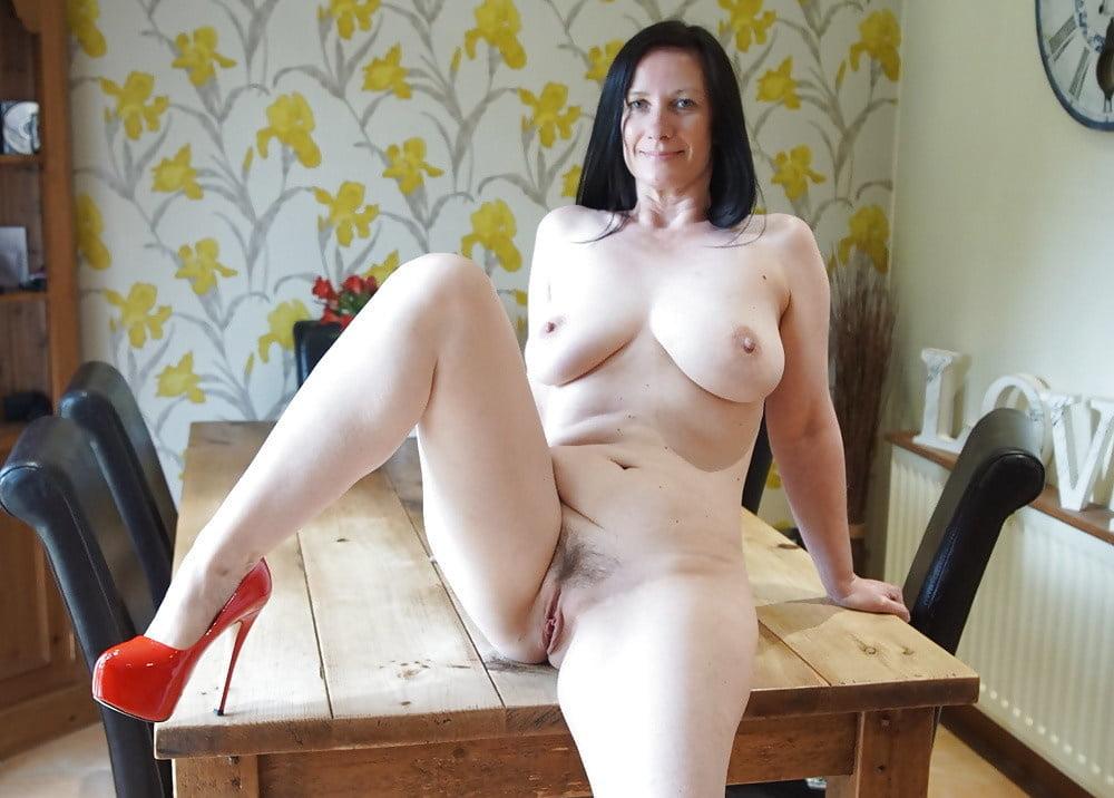 Big Tits Brunette Milf Pov