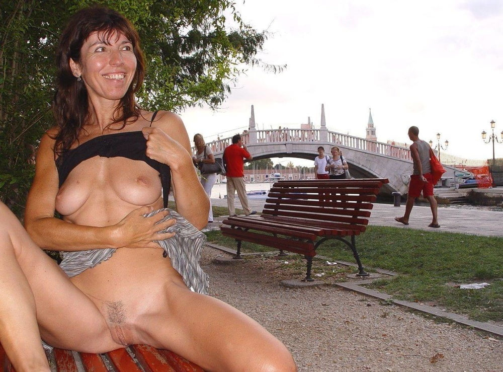 Mature exhibitionist wife videos — img 2