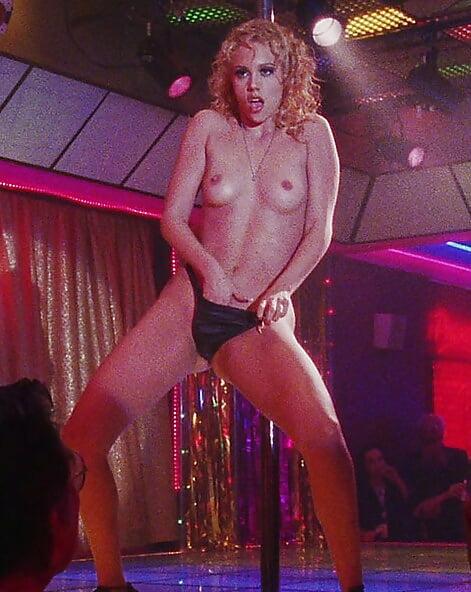 elizabeth-berkley-naked-pictures