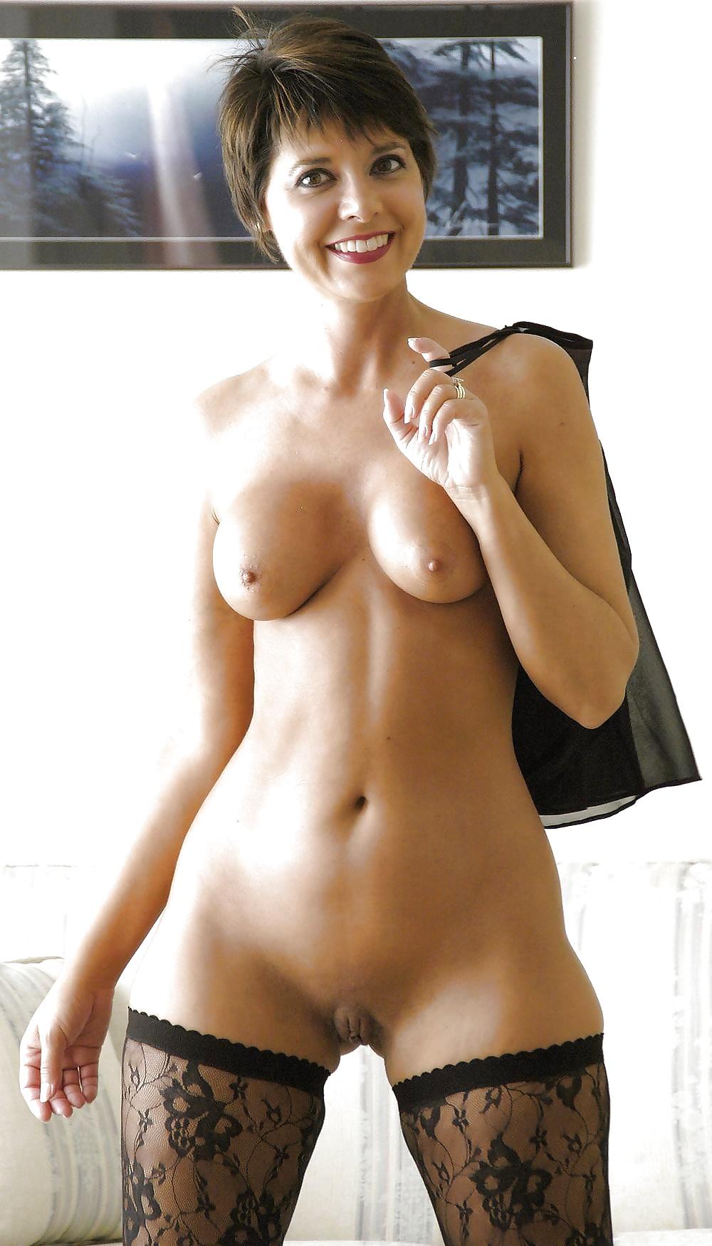 Very short women nude pics free