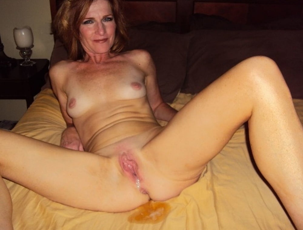 Hot naked moms with all hole filled with cum — photo 13