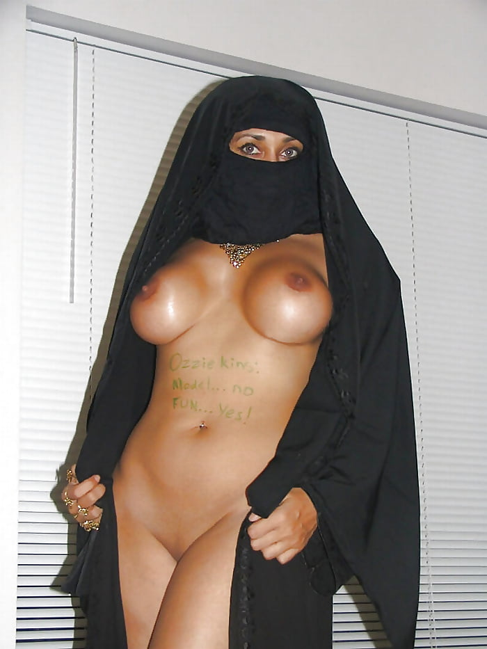 Hot Sexy Arab Girl Nude