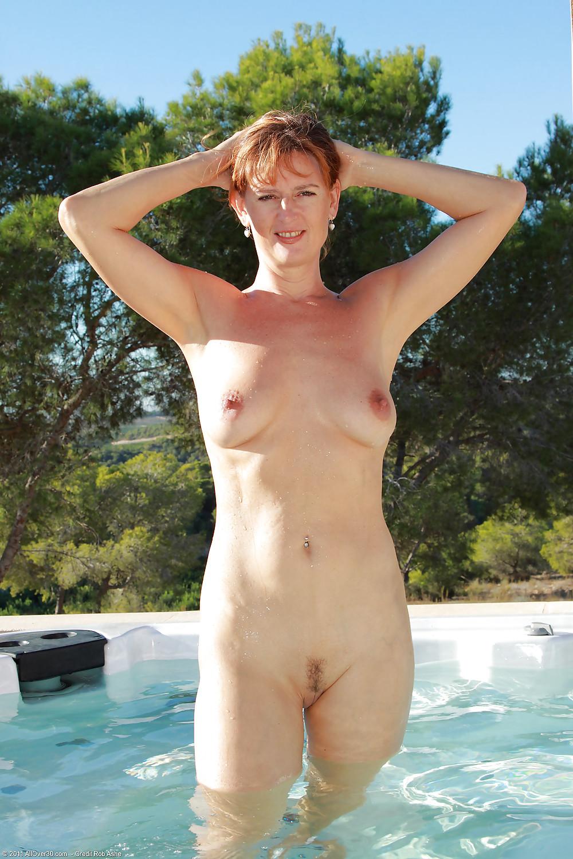 Mom swim nude son smut galeries