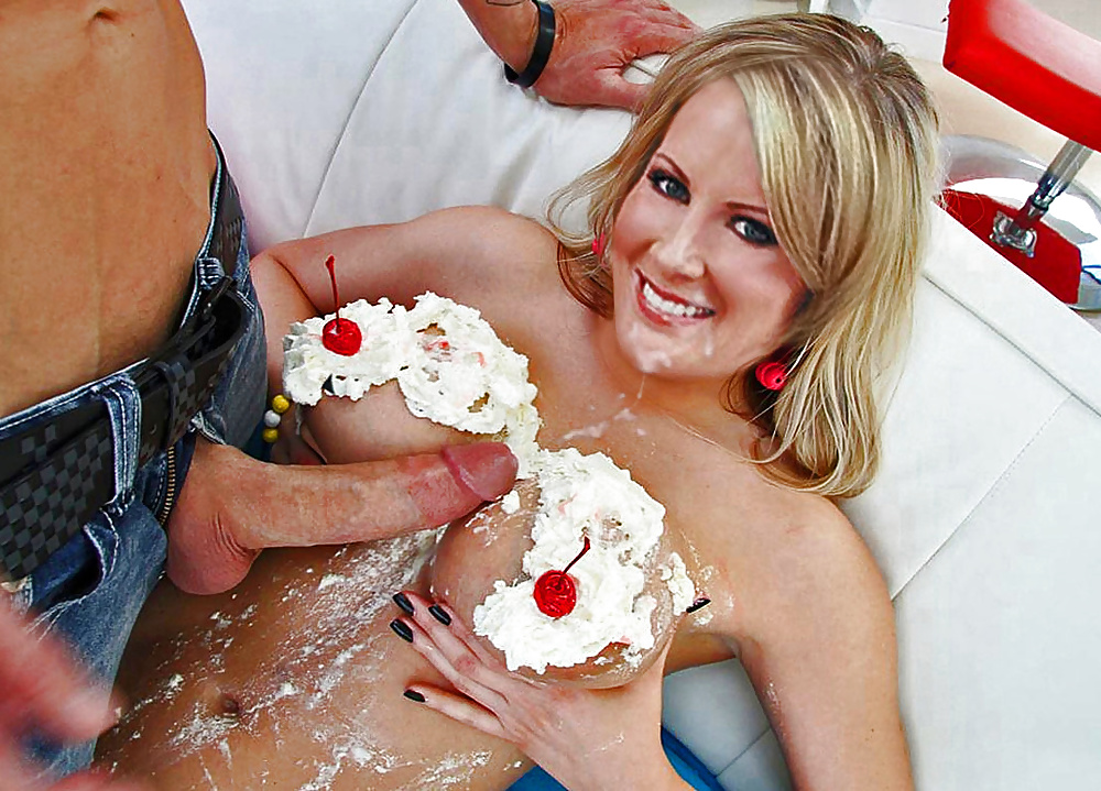 Nude blonde girls with whipped cream — photo 7
