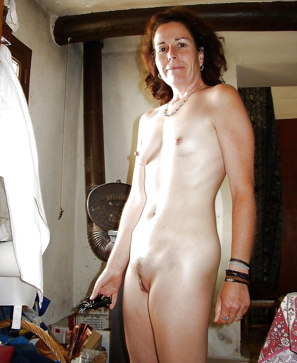 Nude women small bangladeshi
