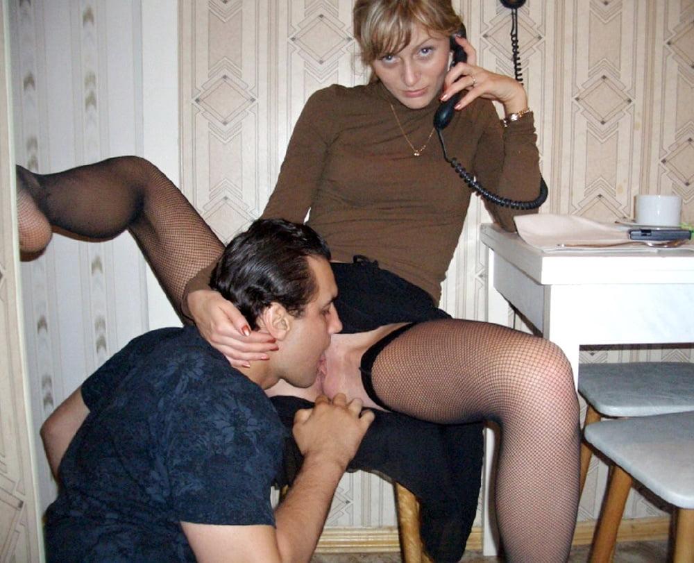Лижет у проститутки