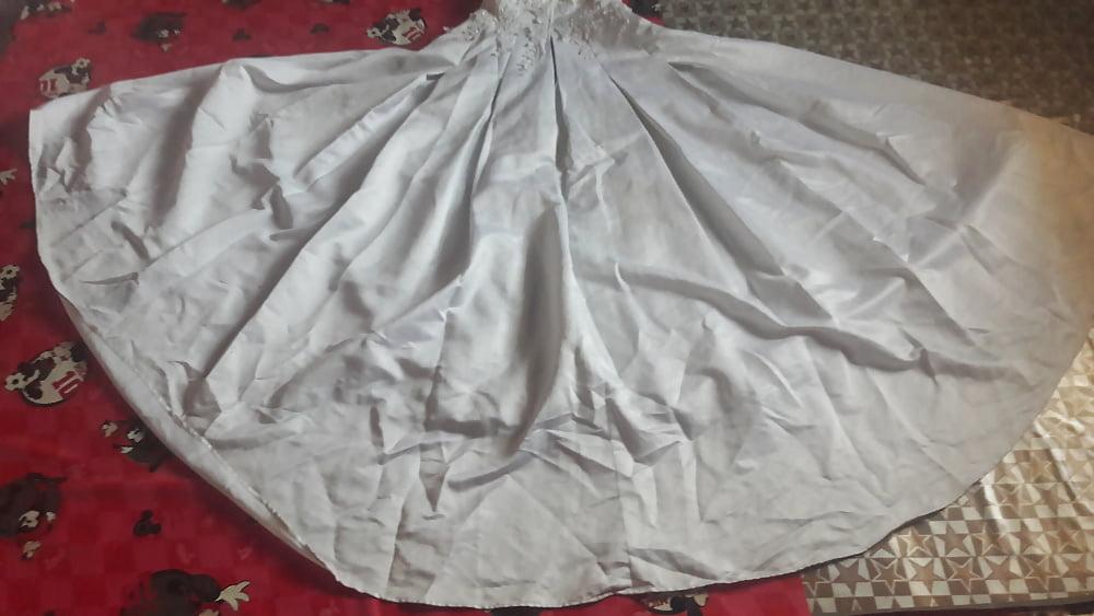 Huge tits wedding dress-8786