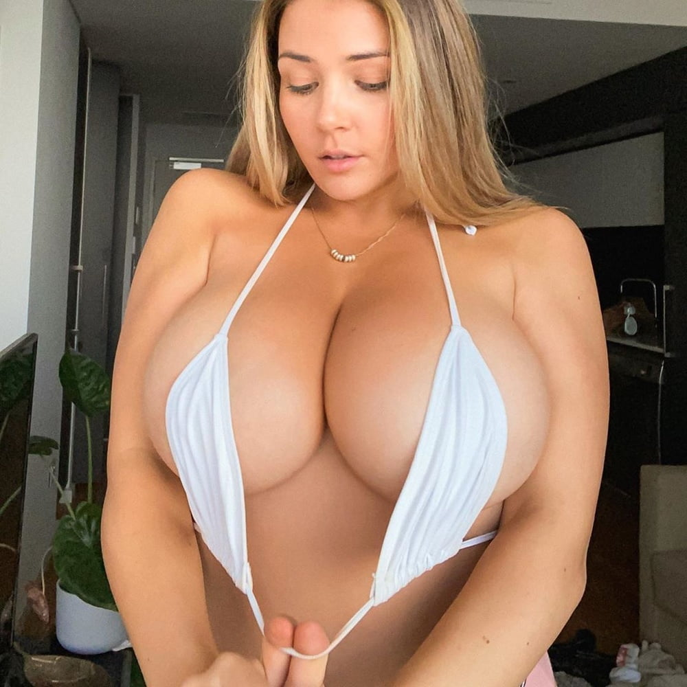 Tits ..... I Thought I Was Going Crazy then I Found Instagra - 250 Pics