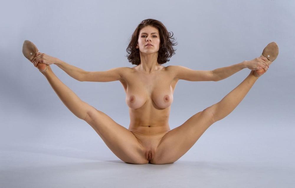 Nude Gymnastics Nude Gymnasts Daily Mail Naked Olympic Gymnast Nude Gymnastics Girls
