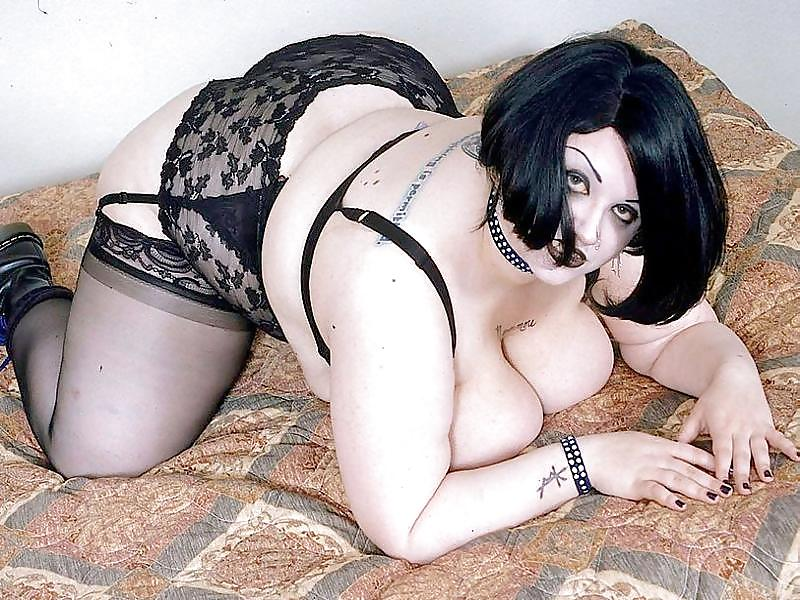 Bbw Big Butt Latina Cums Hard On Fuck Machine