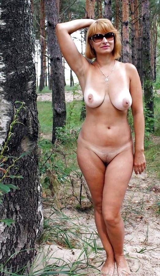 Attractive Naked Old Sluts Jpg