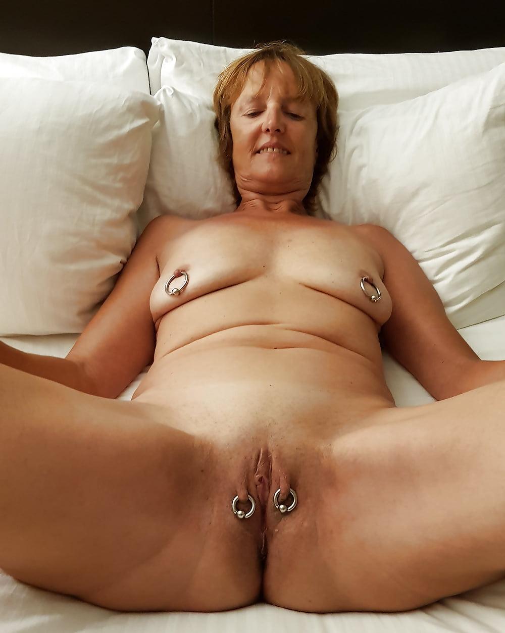 Fat women piercing pussy, nylon milf on big cock