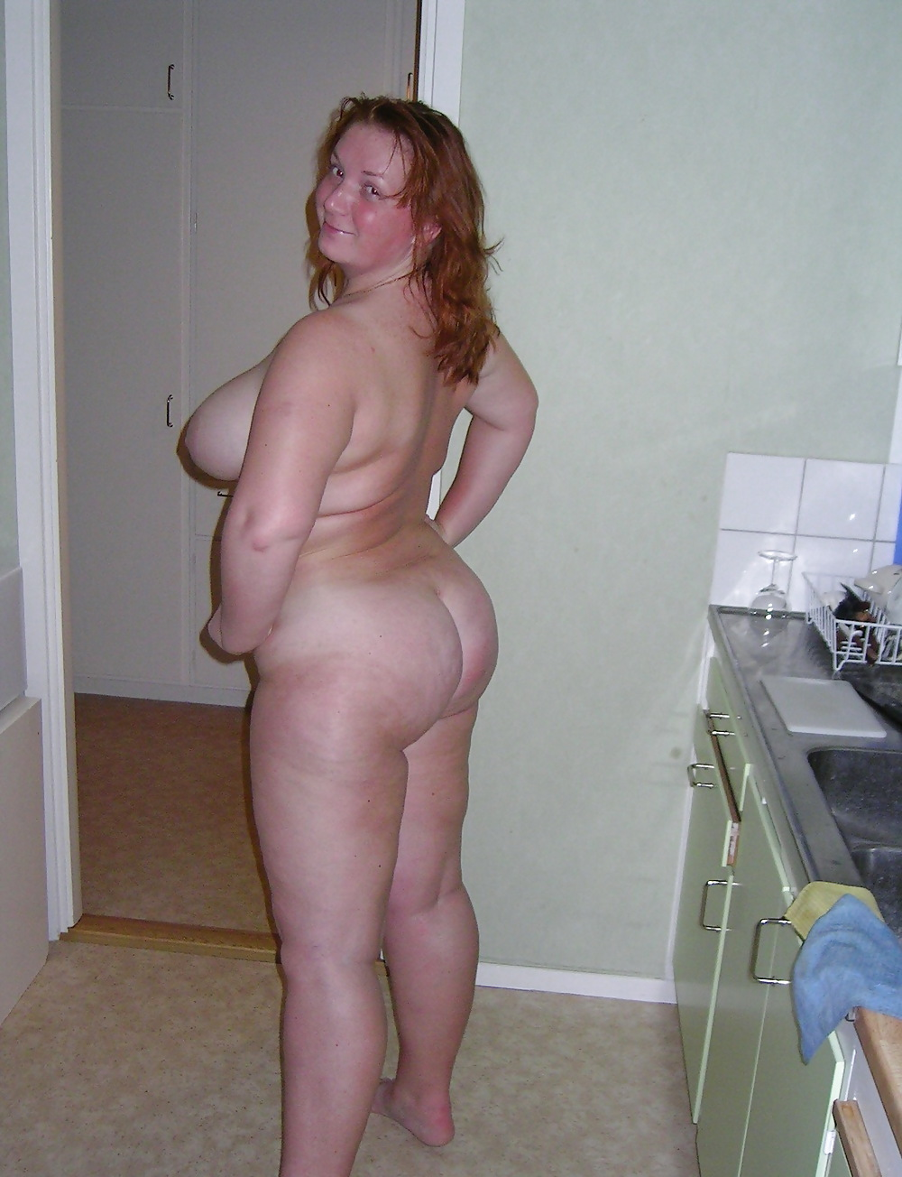 Short chubby milf, naked adult models