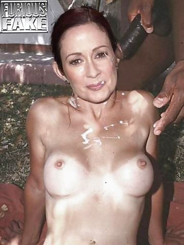 patricia-heaton-fake-cum