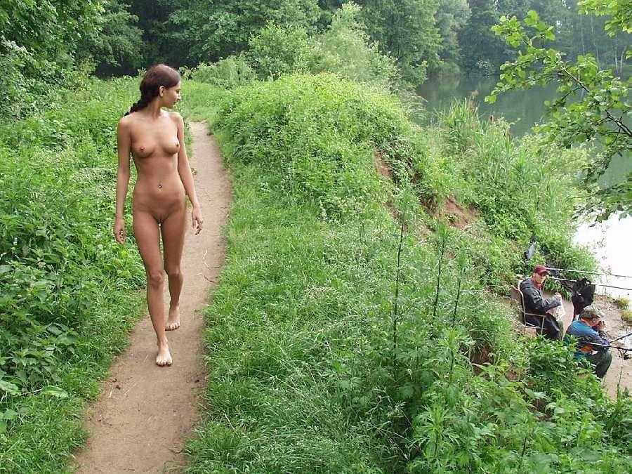 Жена убежала голышом