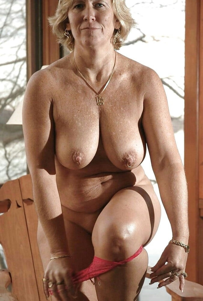fuck-hottest-grandma-big-boobs-big-hole