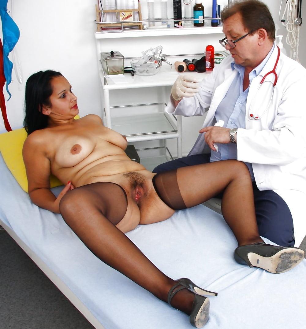 Old Women Doctor Pics