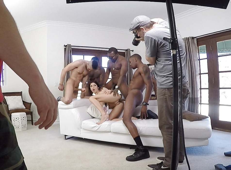 Featured Shooting Porn Pics