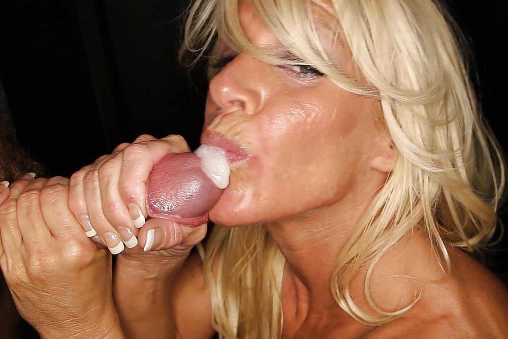 Blonde Milf Bbw Mom Teaches How To A Give Blowjob Swallow Cum Sex Education