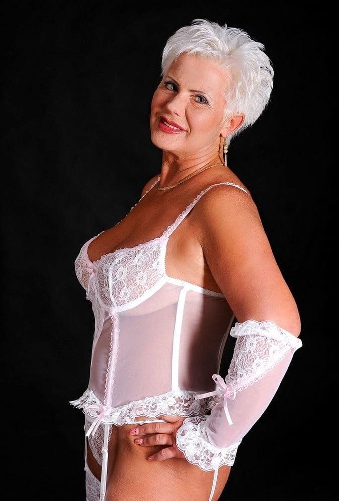 нас сайте старые секси леди фото испытать