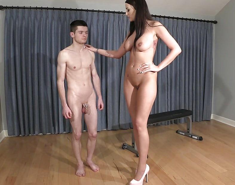 Очень высокая девушка и низкий паренек порно, займусь виртом с девушкой из беларуси