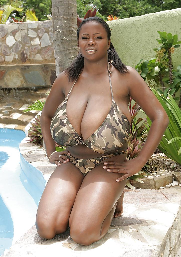 Voluptuous black woman tits pg ameman