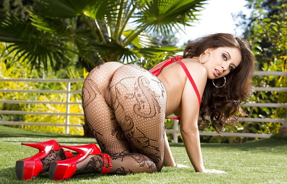 Sexy ass whore