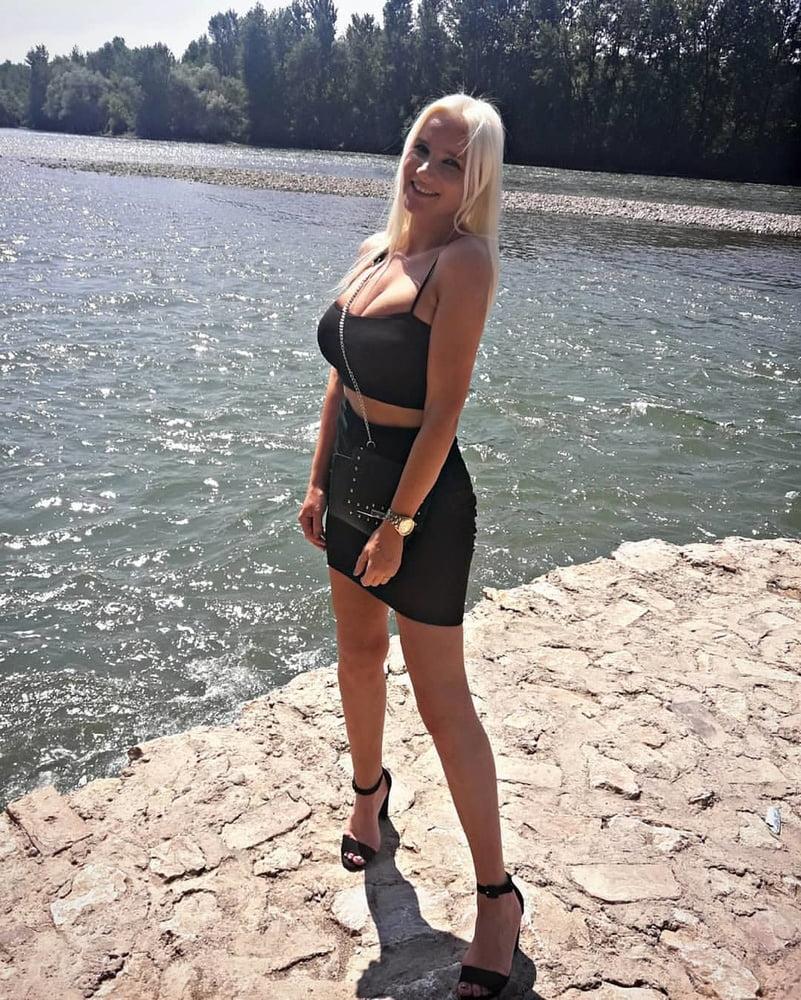 Beautiful blonde nude girl