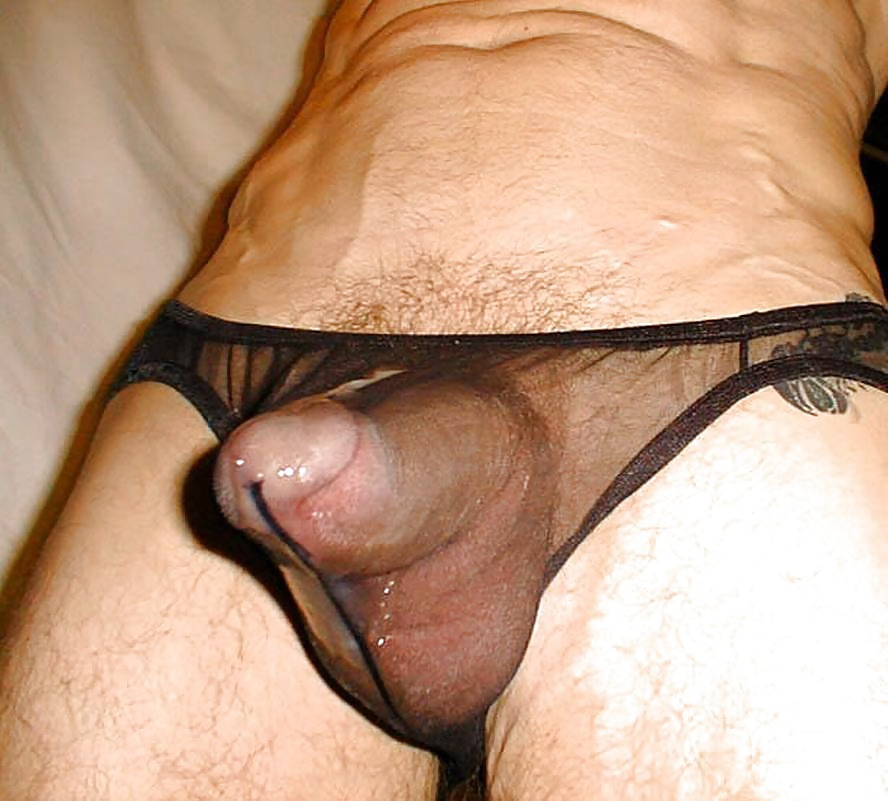 Pictures of male cock bulges in underwear