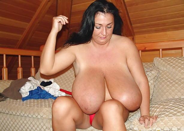 Enormous boobs milf-2915