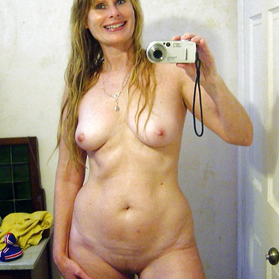 Mature hayley white self nude pics — img 9