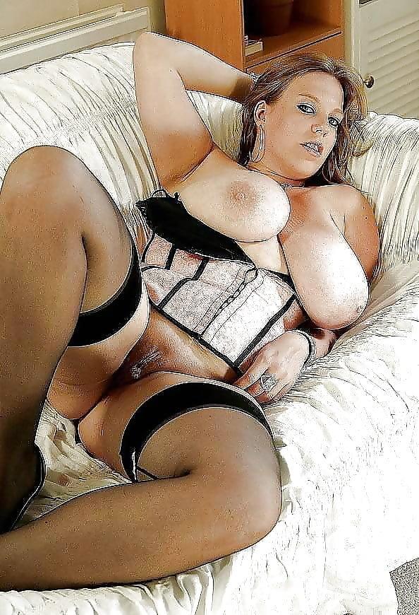 sexy-nude-bbw-women-in-lingerie-fucking