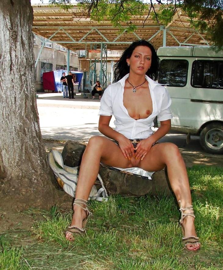 erotika-pod-yubkoy-nichego-net-foto