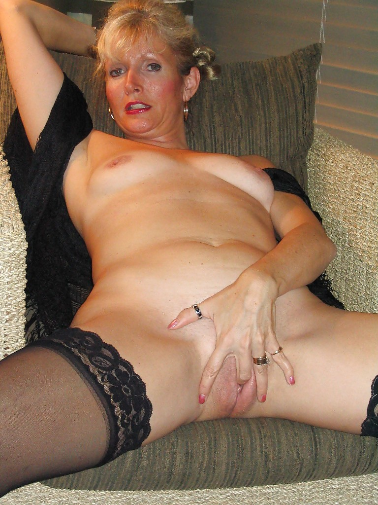 Amateur Blonde Mature Creampie
