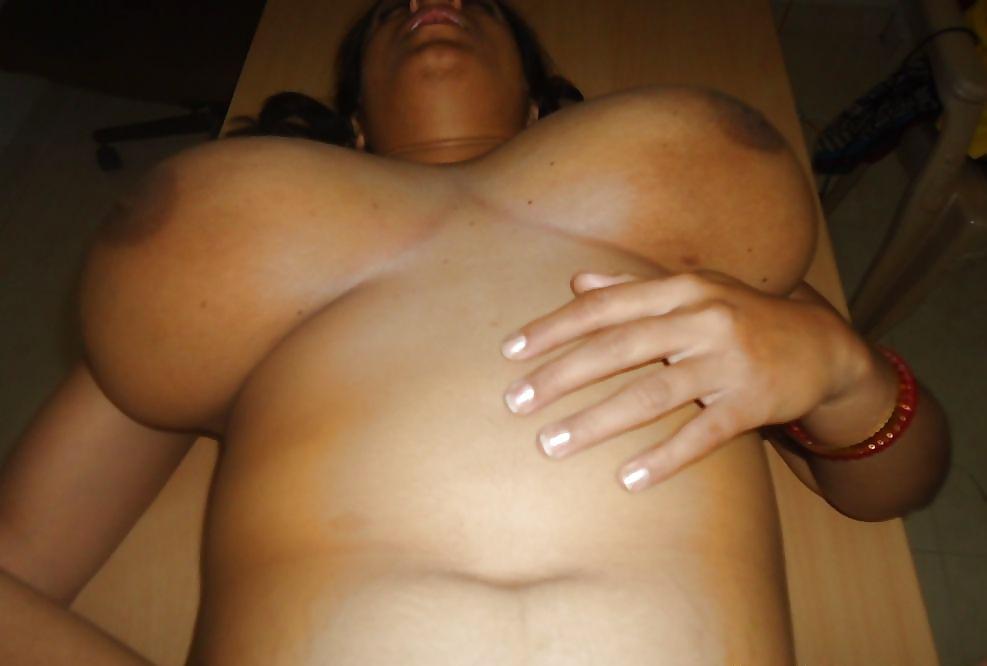 Big boobs desi aunty sex-7068