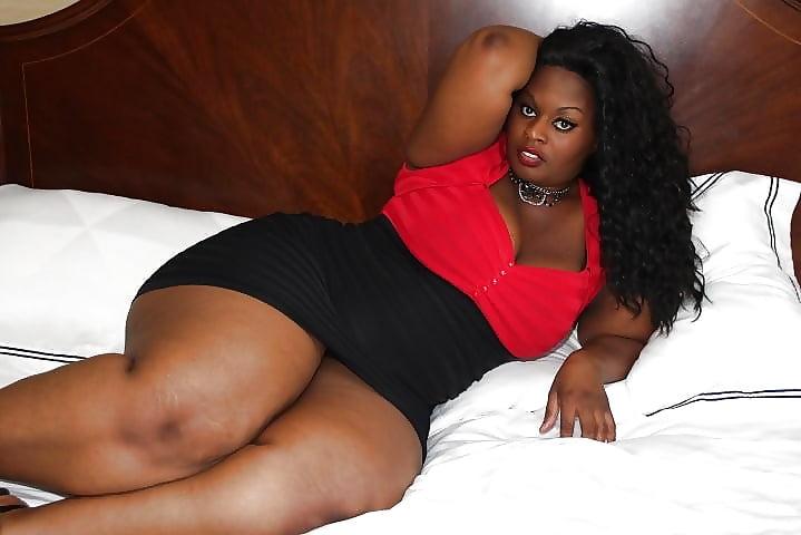 petite-fat-ebony-mature-pics